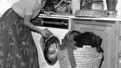 Watch Wendy Wash (Wednes)Day